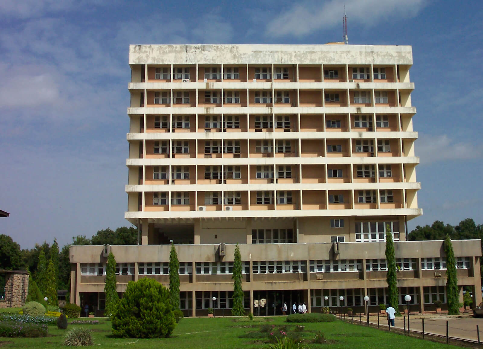 Senate-Building-Ahmadu-Bello-University-Nigeria-Zaria